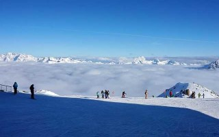 Как научиться кататься на лыжах в горах: советы начинающим
