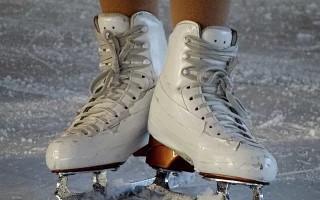 Профессиональные коньки для фигурного катания