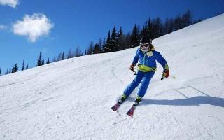 Как ребенку научиться кататься на лыжах за четыре часа?
